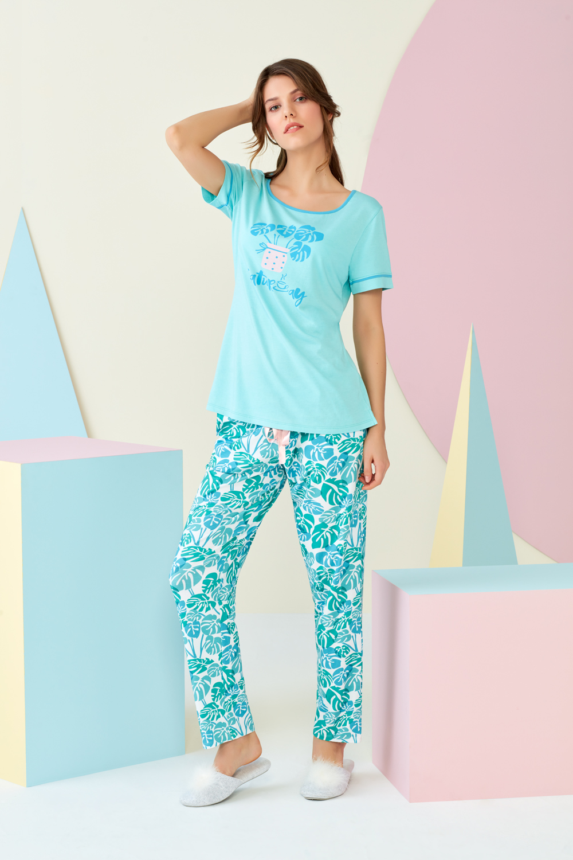 4398 - T-shirt & Pantolon Takım